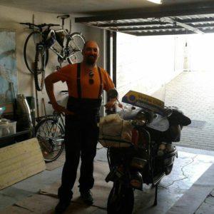 Il Vespaviaggiatore Clafo ci racconta il suo giro nell'Ovest Europa.